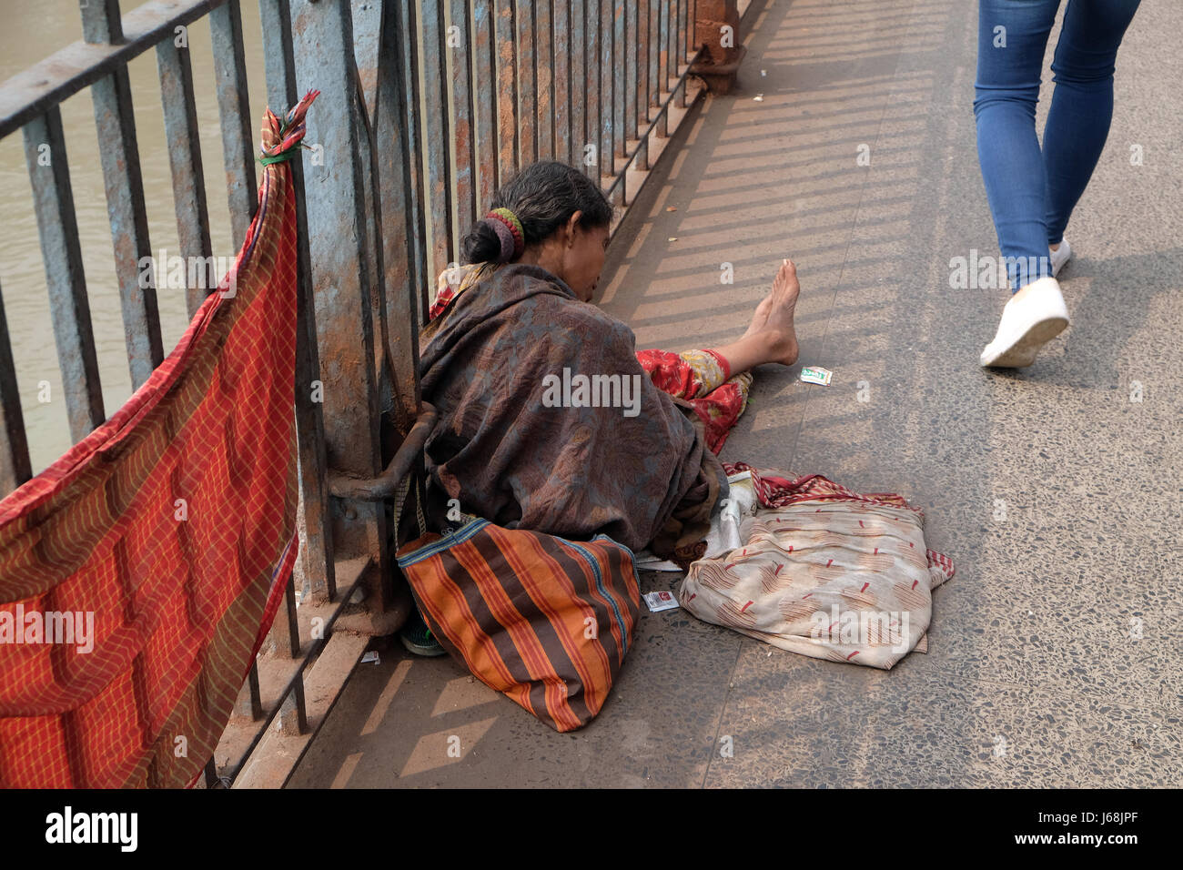 Beggars are the most disadvantaged castes living in the streets, Kolkata, India - Stock Image