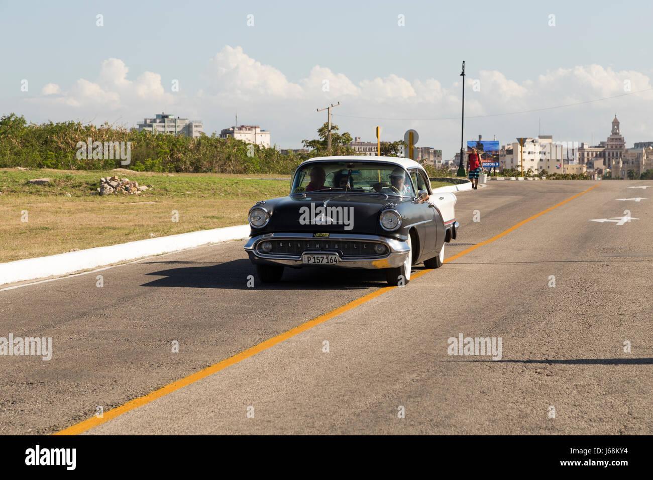 Old car in Havana, Cuba - Stock Image