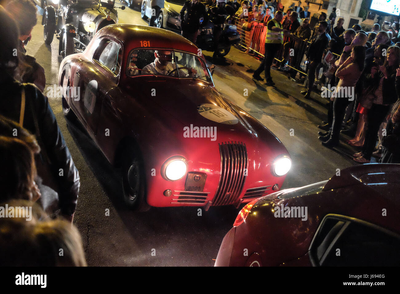 Rome Italy 19th May 2017 The Arrival Of The 440 Classic Cars In