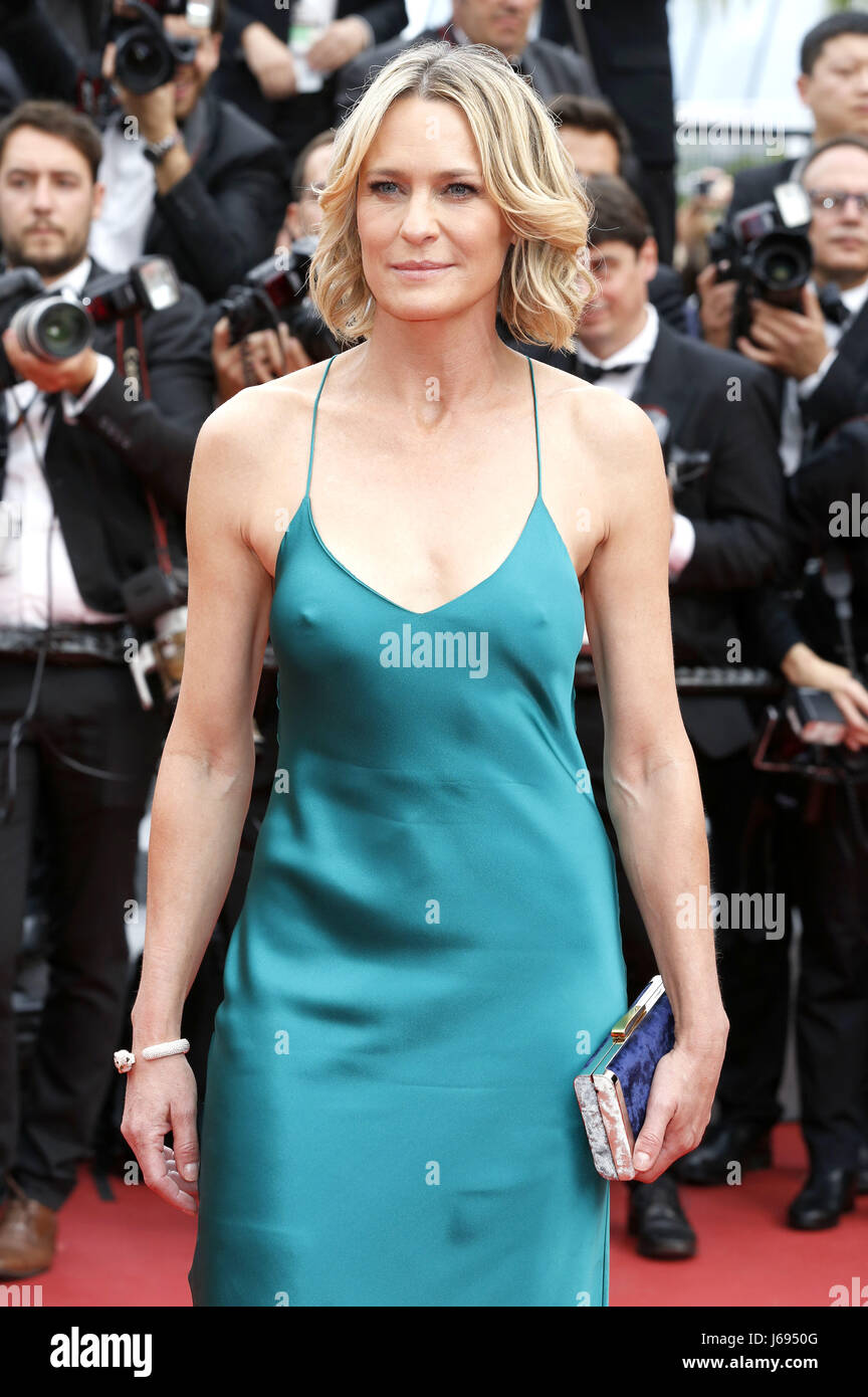 Robin wright loveless nelyubov screening at cannes film festival new pics