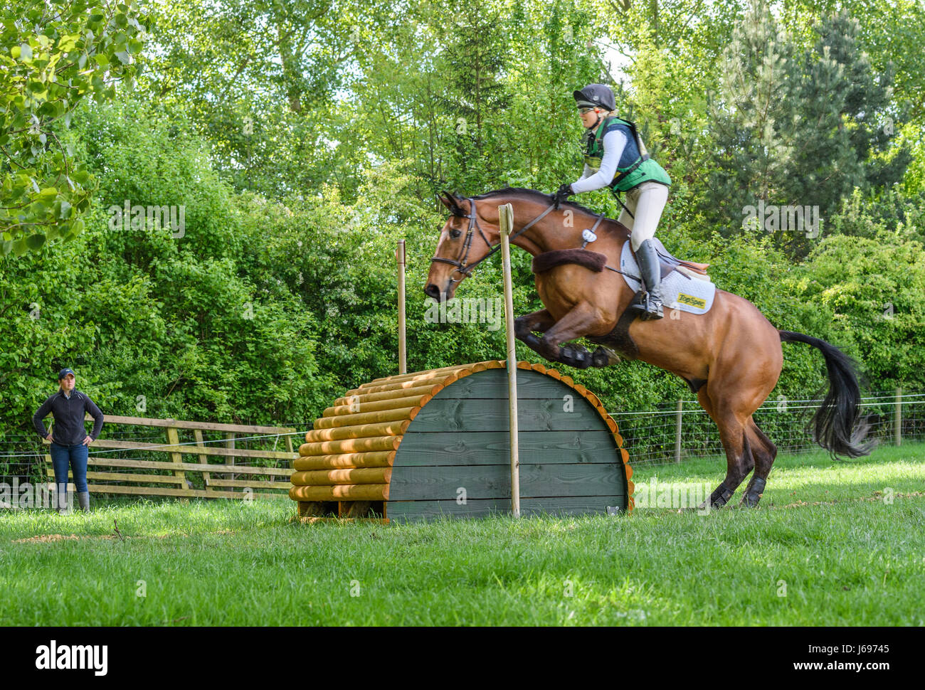 Rockingham Castle grounds, Corby, England. Saturday 20th May 2017. Jenny Levett and her horse Ballymore Rich Cat Stock Photo