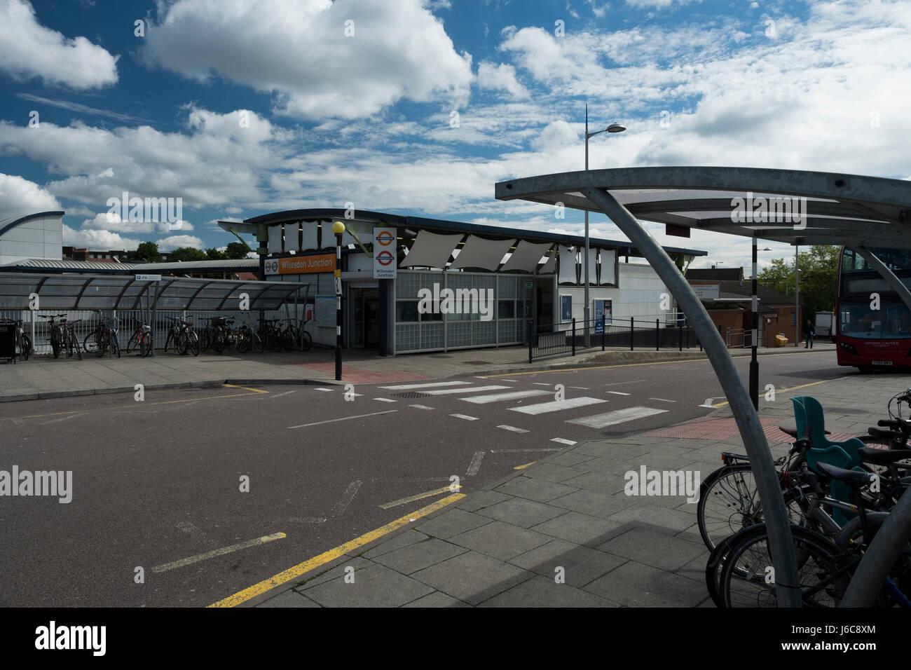 Willesden Junction station - Stock Image
