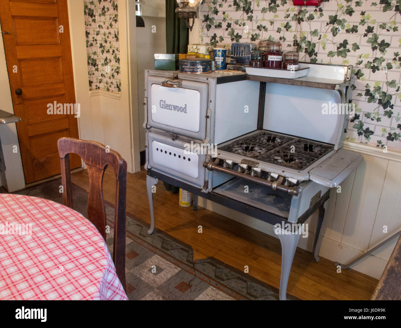 Old stove in The Little Corner Store in Strawbery Banke in Portsmouth, New Hampshire - Stock Image