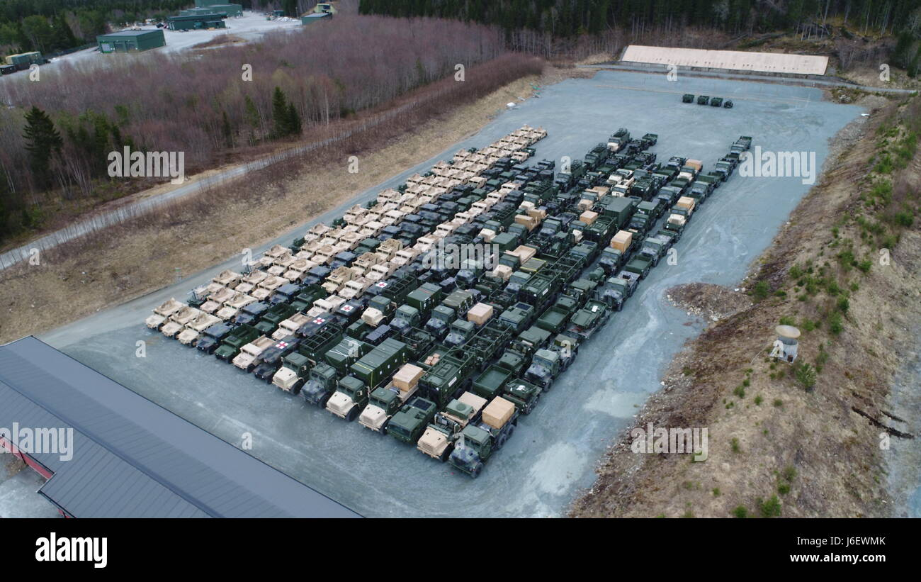 Combat Logistics Regiment 45 and 2nd Transportation Support Battalion drew approximately 500 principal end items Stock Photo