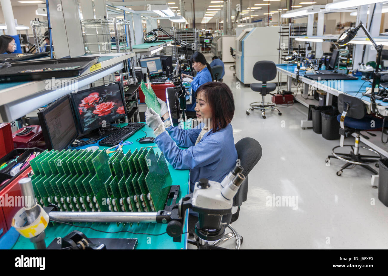 Feb 18, 2011 - Fremont, California, U.S. - SeaMicro Inc. is thriving by focusing on a more mundane task: physically - Stock Image