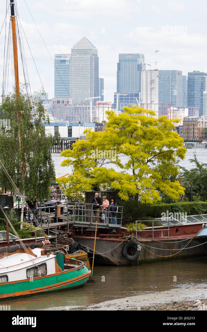 London, UK. 21st May, 2017. People visit the floating Garden Barge Square at Downings Road Moorings, near Tower Stock Photo