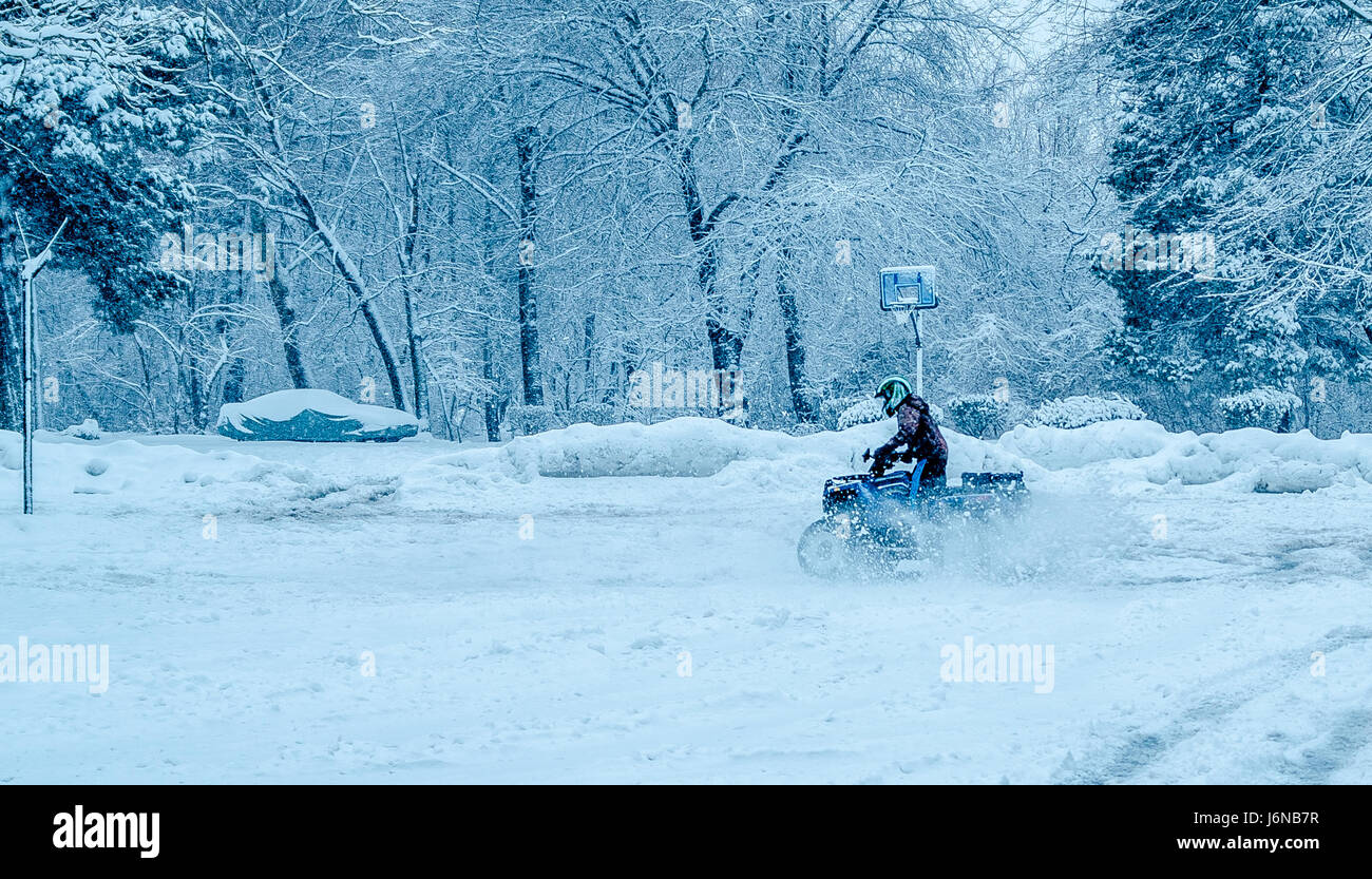 Snow covered everything from top to bottom - Stock Image