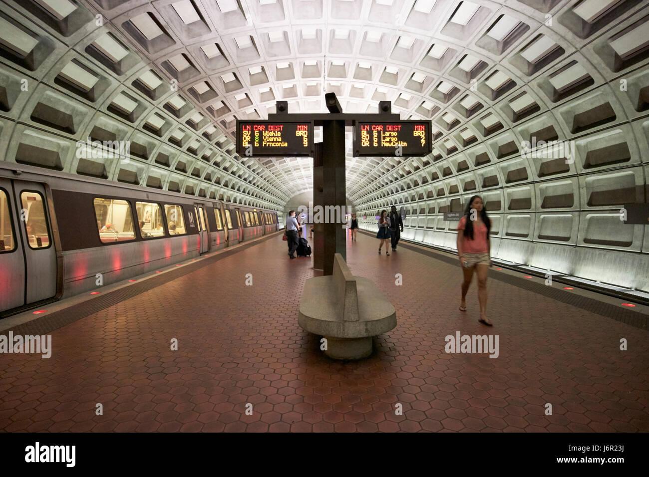 Washington dc metro foggy bottom