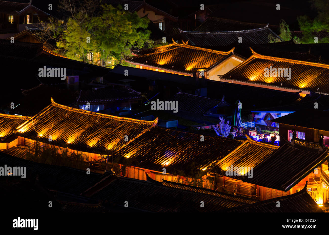 Night view of Old Town of Lijiang, Yunnan Province, China. - Stock Image