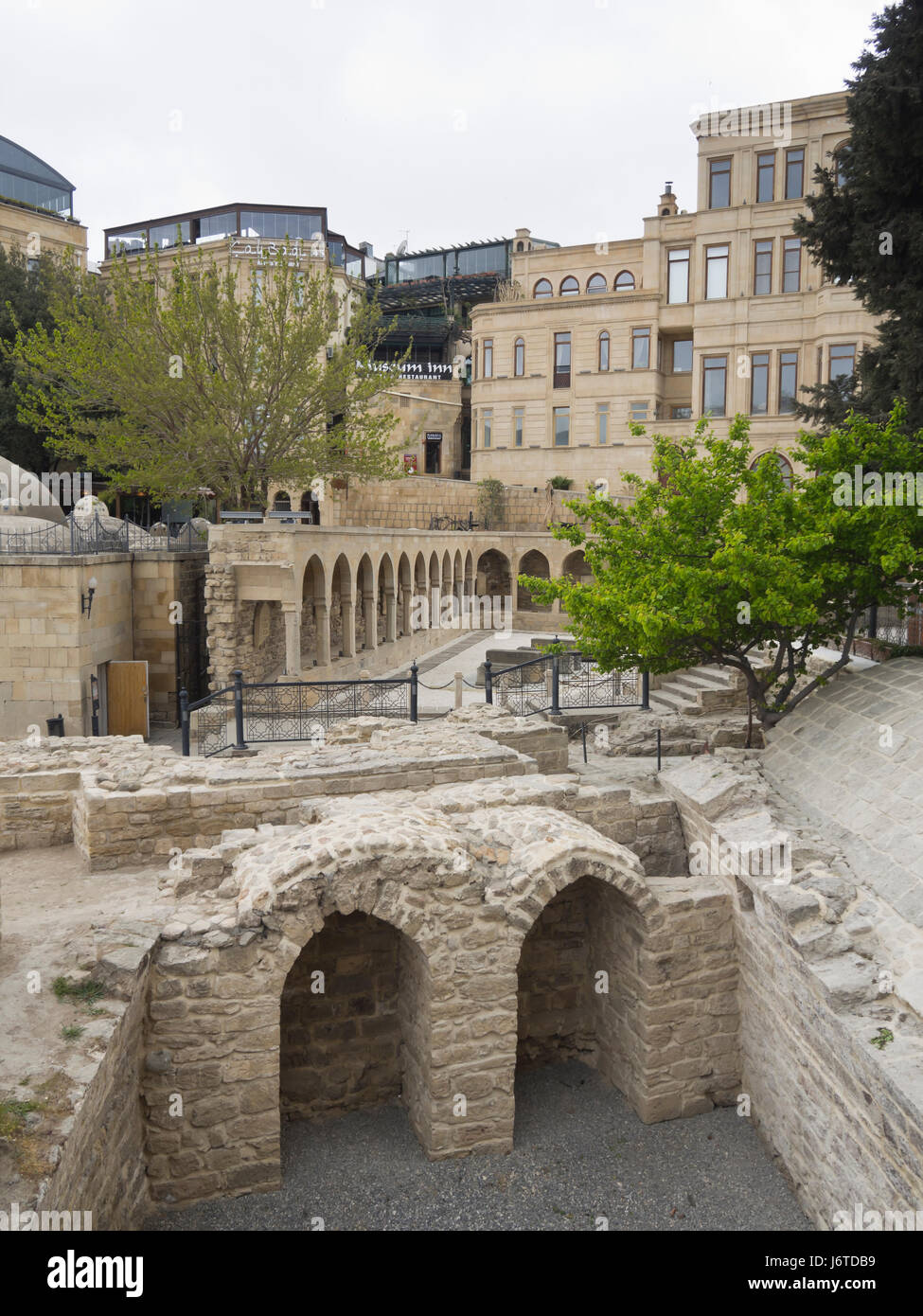 Baku old town, Icheri sheher, inner city surrounded by fortification walls, Unesco World heritage site, pedestrian - Stock Image