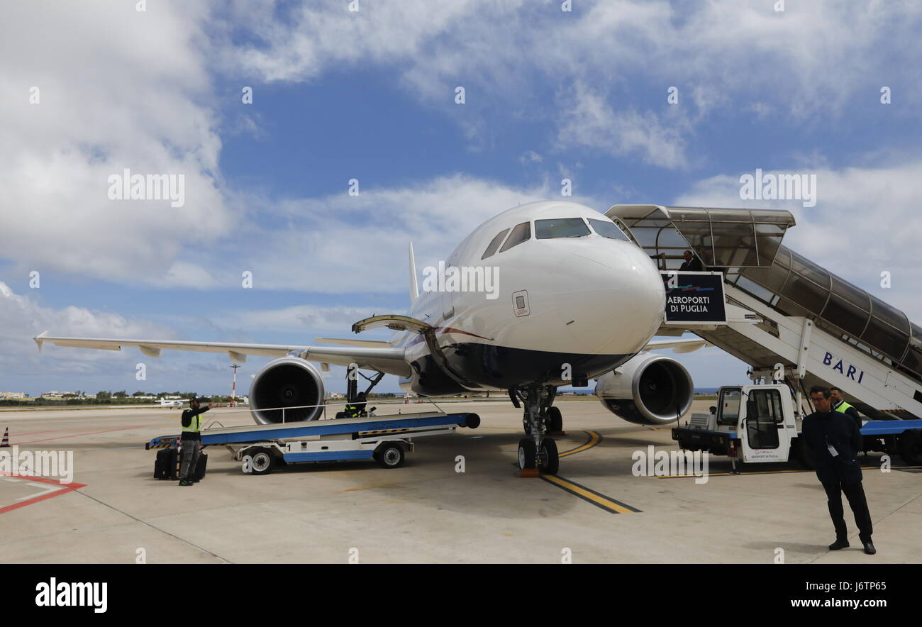 Bari, Italy. 21st May, 2017. A plane carrying an ark with fragments of the relics of St Nicholas, one of the Russian - Stock Image