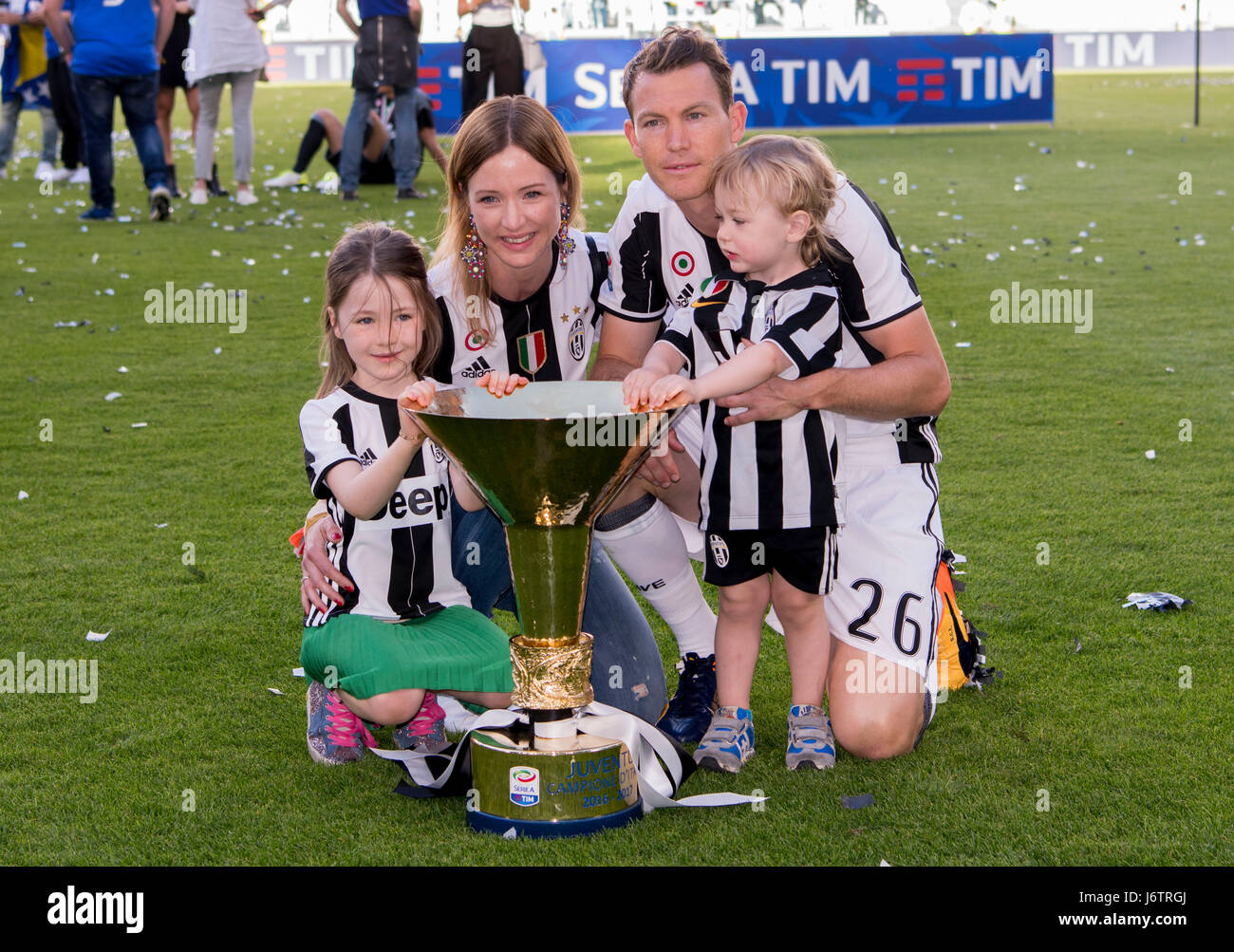 Picture of Stefan Lichtsteiner Children, called Kim & Noe Fabio