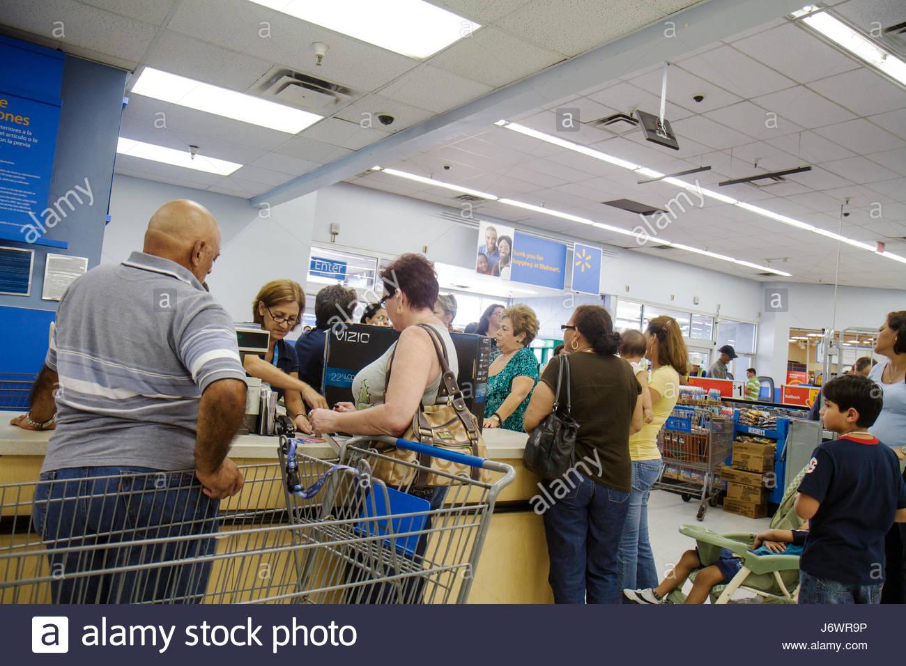 Miami Florida Wal-Mart Walmart shopping customer service