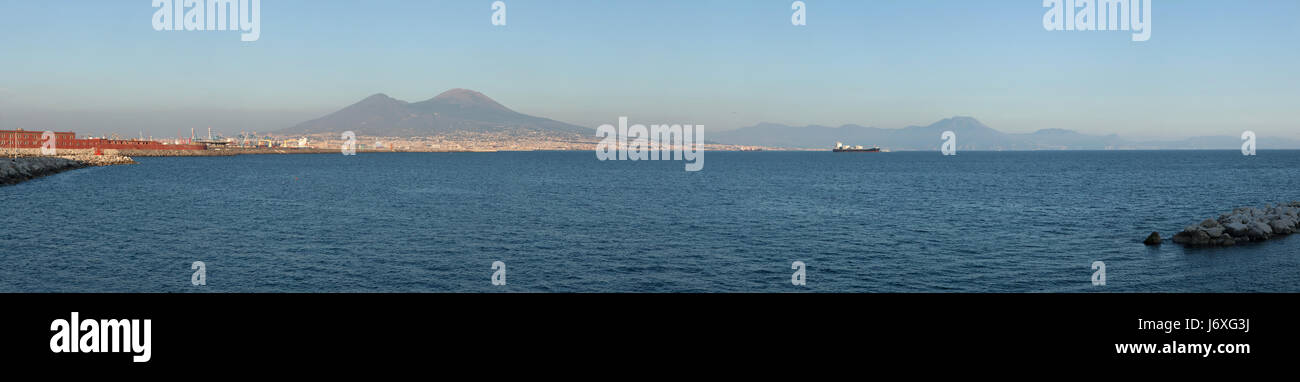 Panoramic view of the Gulf of Naples and Mount Vesuvius pictured from Naples, Campania, Italy. - Stock Image