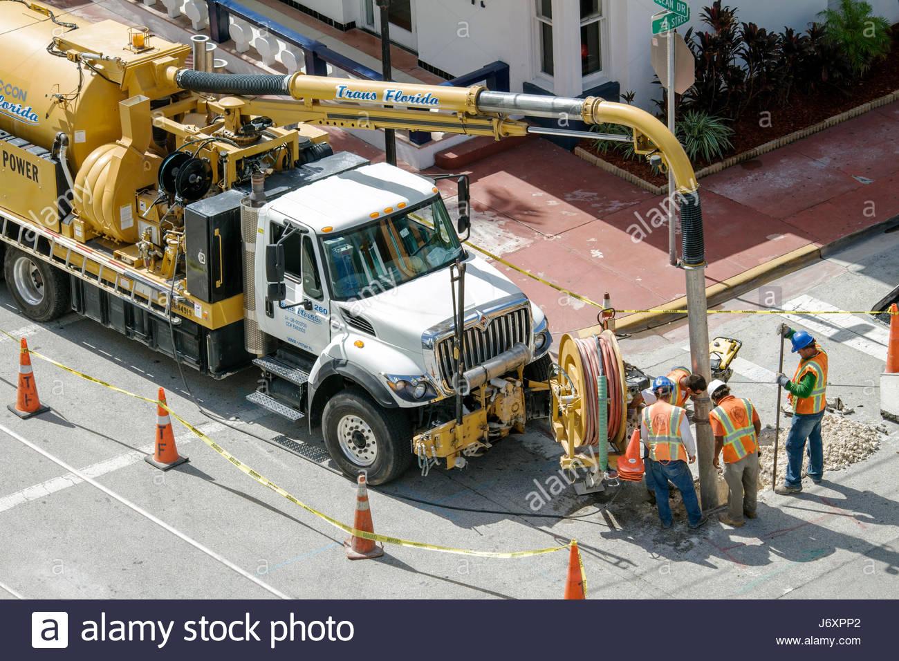 Road Repair Stock Photos & Road Repair Stock Images - Alamy