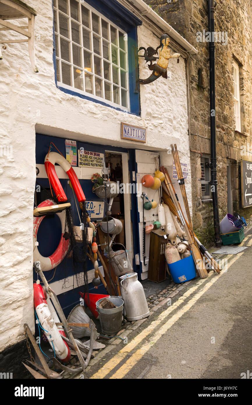 UK, Cornwall, Mevagissey, Middle Wharf, Nautilus maritime memorabilia antiques shop - Stock Image