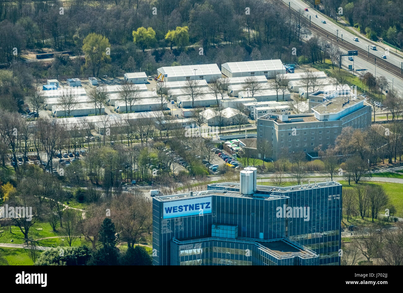 Asylum tent, refugee lodgings Buschmühle at the Radisson Blu Hotel Dortmund, Dortmund, Ruhr area, North Rhine - Stock Image