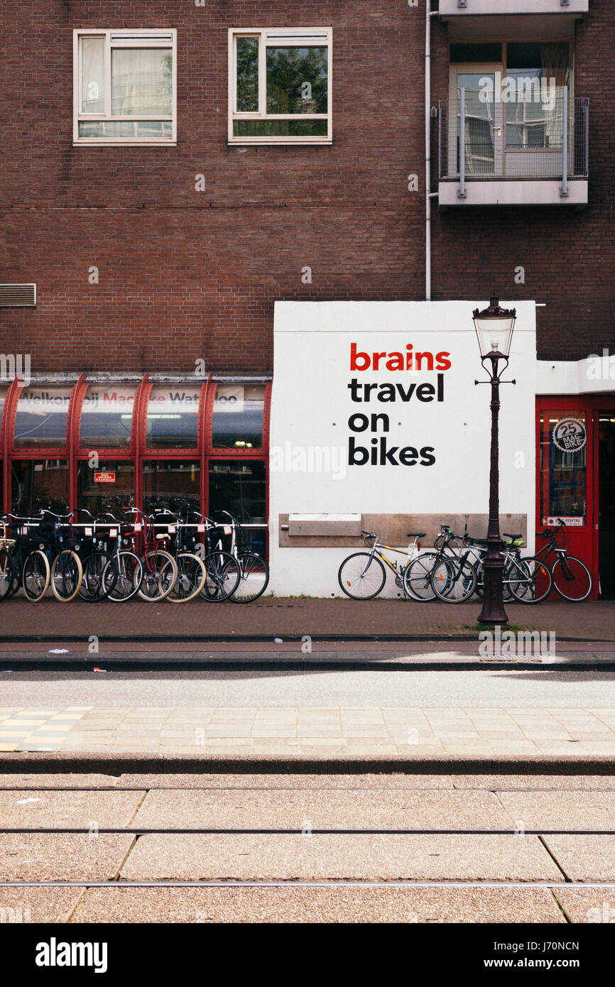 Brains Travel on Bikes, MacBike - Stock Image