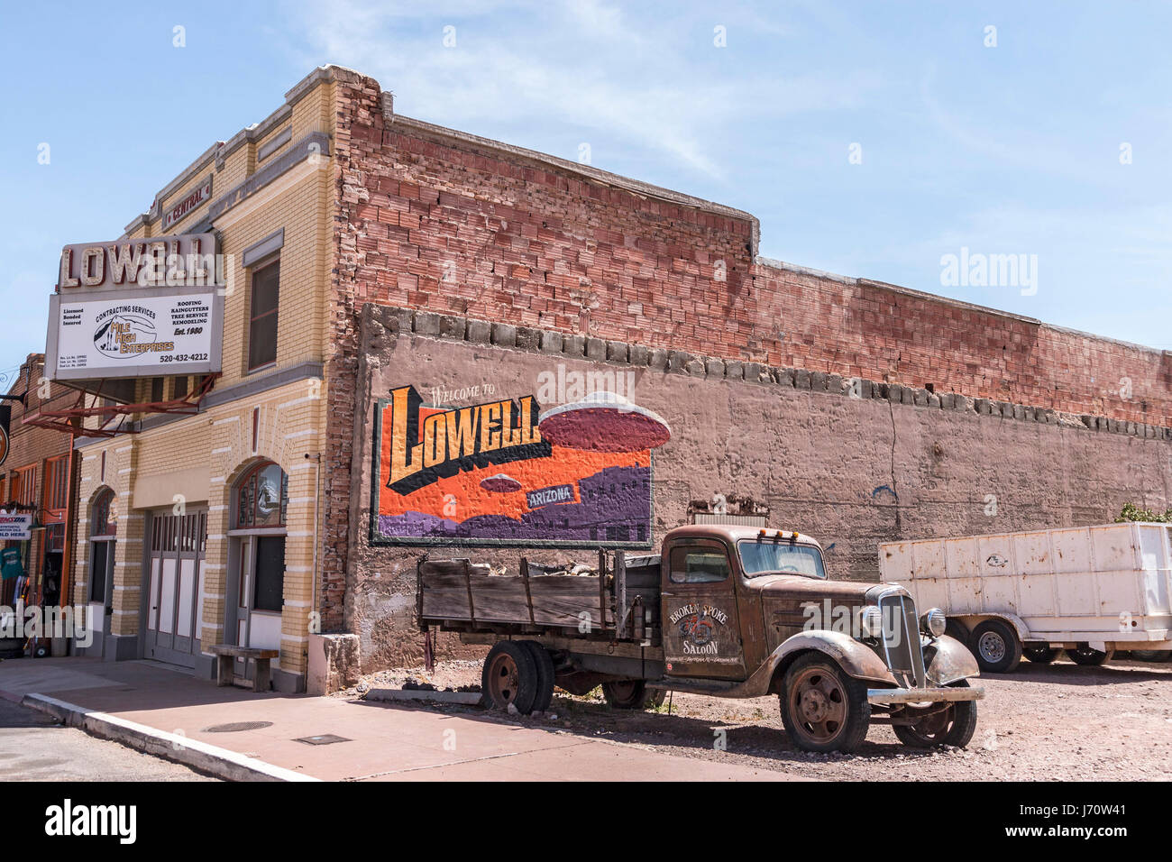 Lowell, just outside Bisbee, AZ in southern Arizona. The downtown street does have some working stores, including - Stock Image