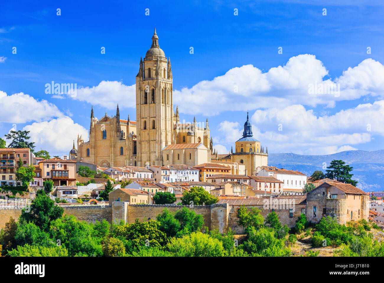 Segovia, Spain. View over the town with its cathedral and medieval walls. - Stock Image