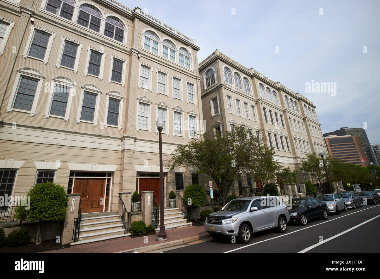 luxury expensive townhouses at radnor heights rosslyn arlington Washington DC USA - Stock Image
