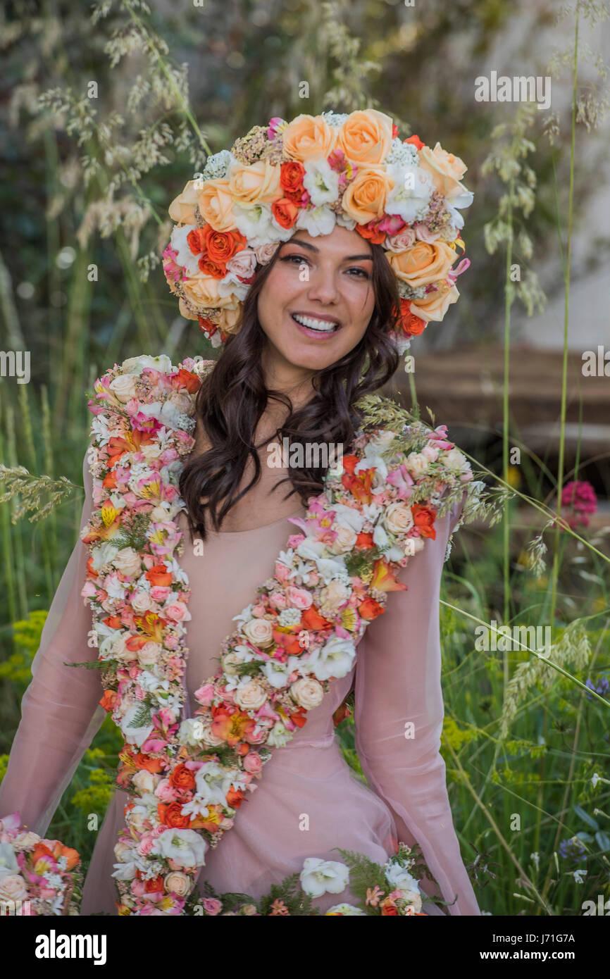 Bruna Miranda Nude Photos 30