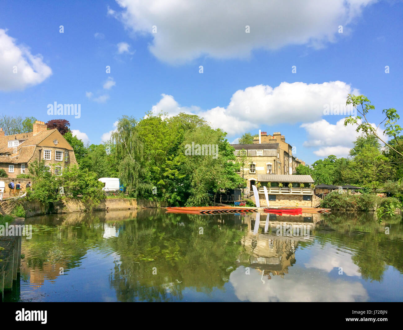 View of the river Cam with punt boats in Cambridge, UK - Stock Image