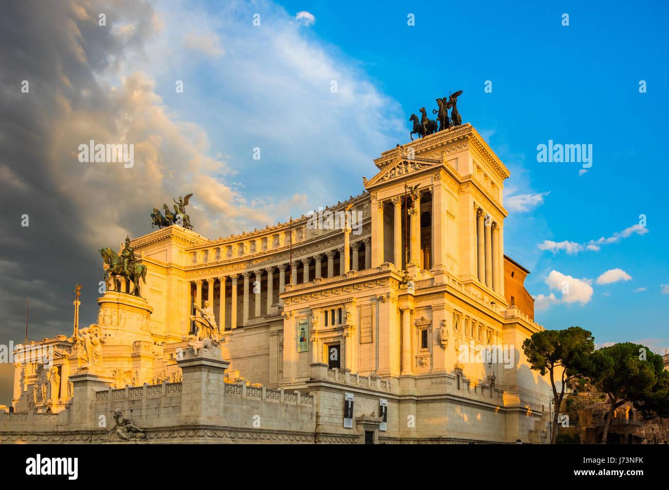 The Altare della Patria, also known as the Monumento Nazionale a Vittorio Emanuele II ('National Monument to - Stock Image