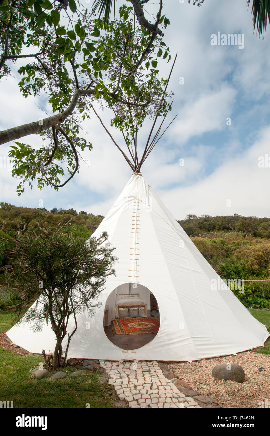 tipi for glamping - Stock Image