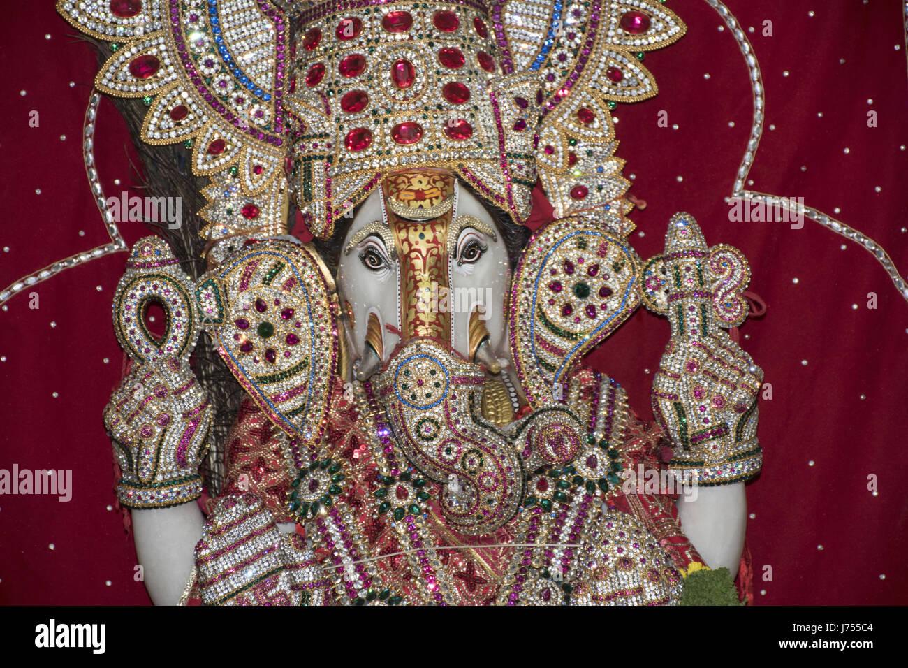 Ganpati bappa deity statue - Stock Image