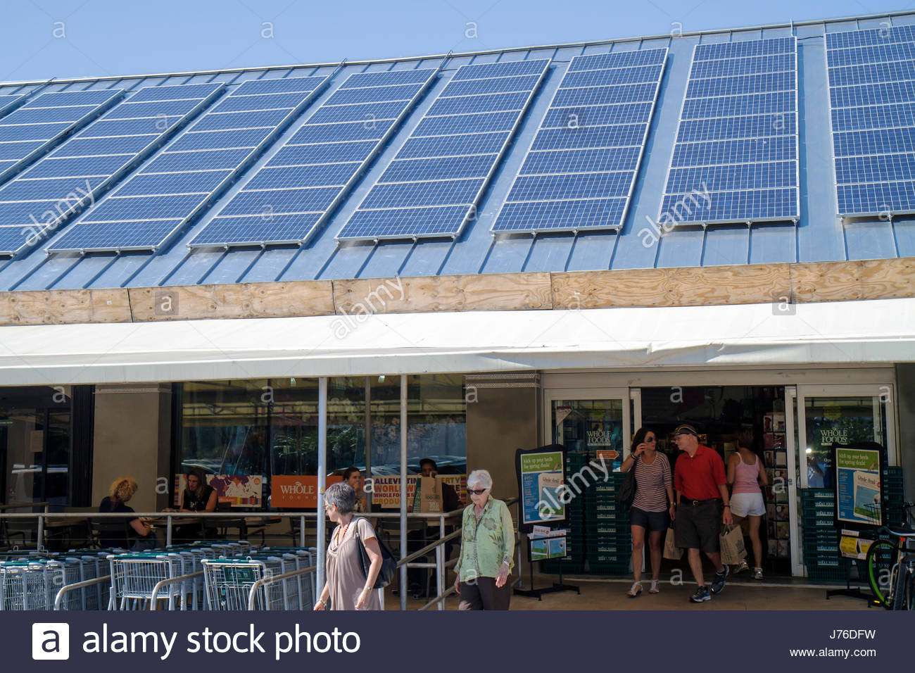 Solar Panels At Beach Stock Photos & Solar Panels At Beach Stock