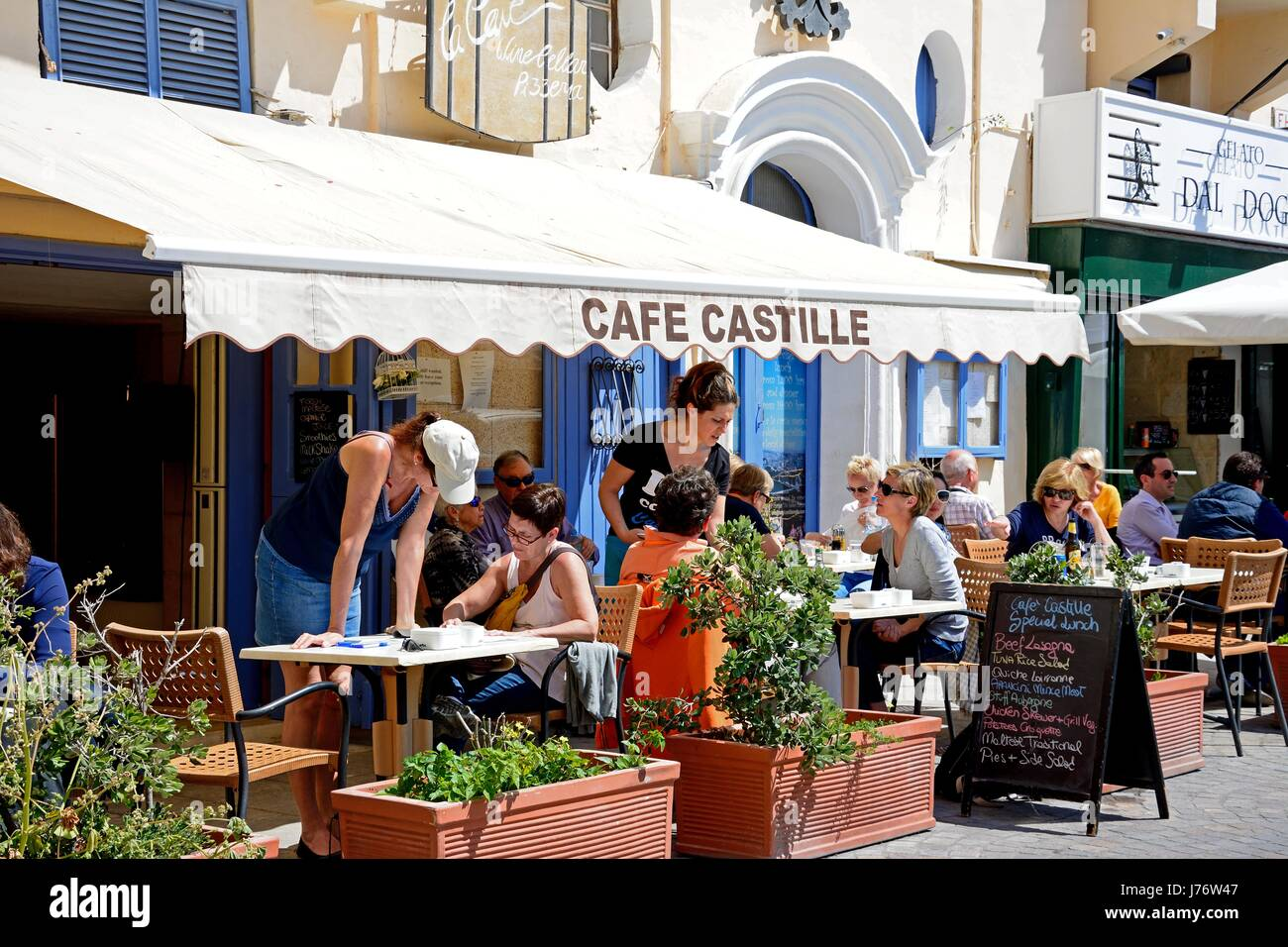 Pavement cafe in the Castille Hotel, Valletta, Malta, Europe. - Stock Image