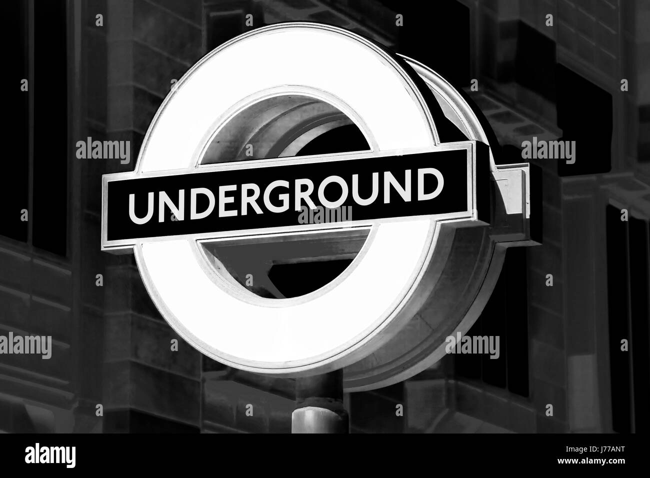 station travel london england tube subway sign underground pipe metro city town - Stock Image