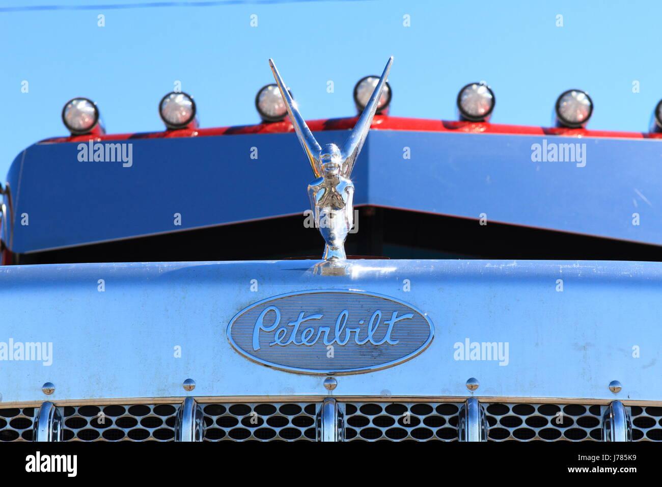 Big Rig Truck Peterbilt Stock Photos Big Rig Truck Peterbilt Stock