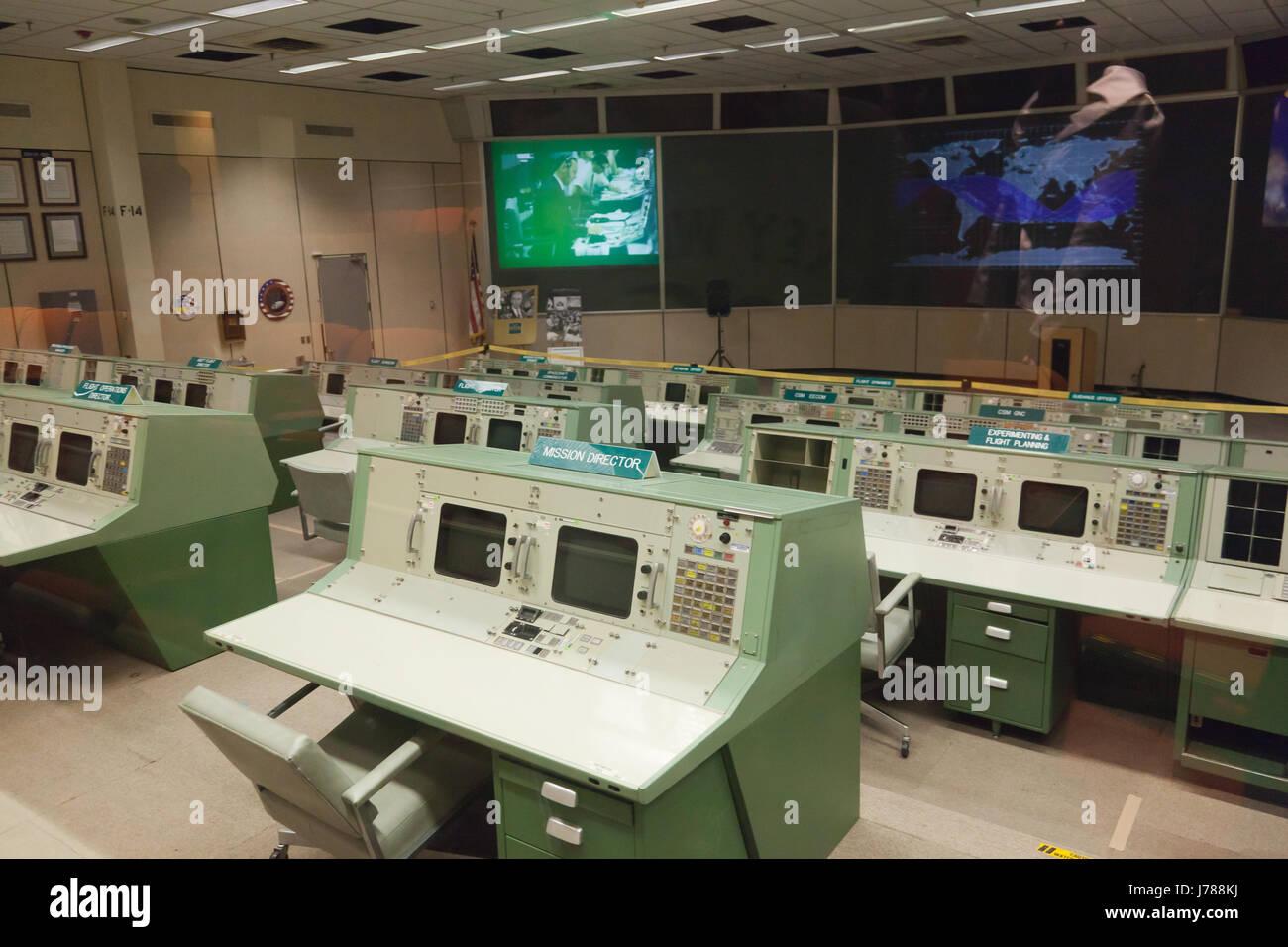 johnson space center apollo 13 - photo #7