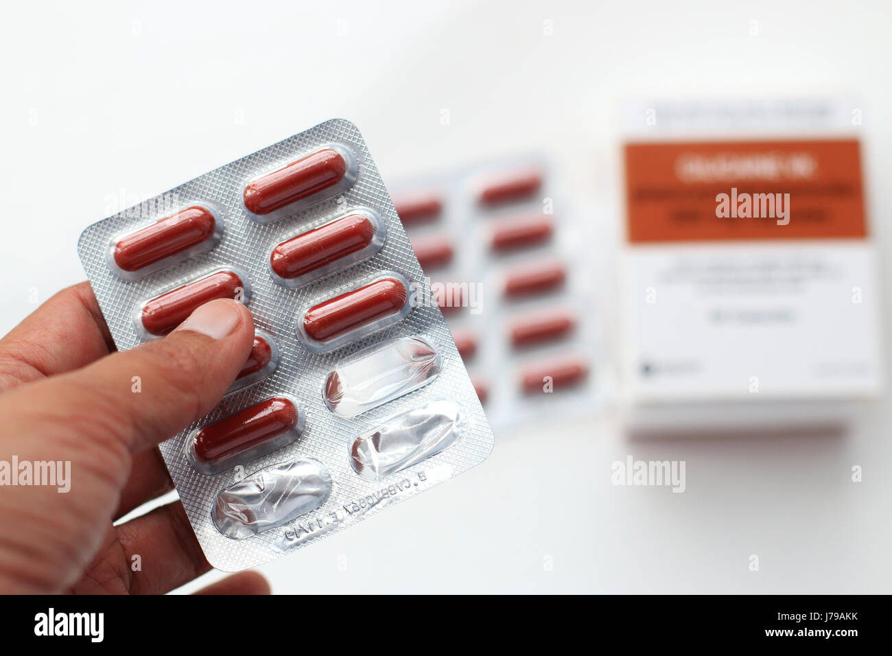 A PHOTO of Cilicaine VK Phenoxymethylpenicillin 500 mg capsules - Stock Image