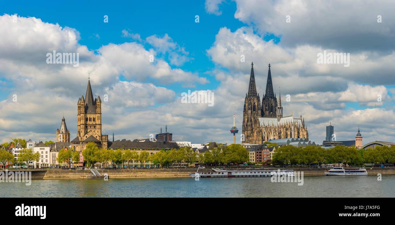 Rathaus, Gross St. Martin, Colonius Fernsehturm, Koelner Dom, Altstadtufer, Rhein, Koeln, Rheinland, Nordrhein-Westfalen, - Stock Image