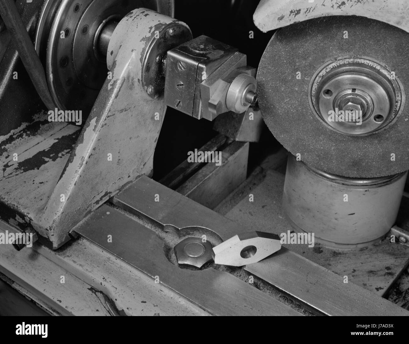 A Norton cutter-grinder converted to grind magnet rotors for machine tools, 1942. - Stock Image