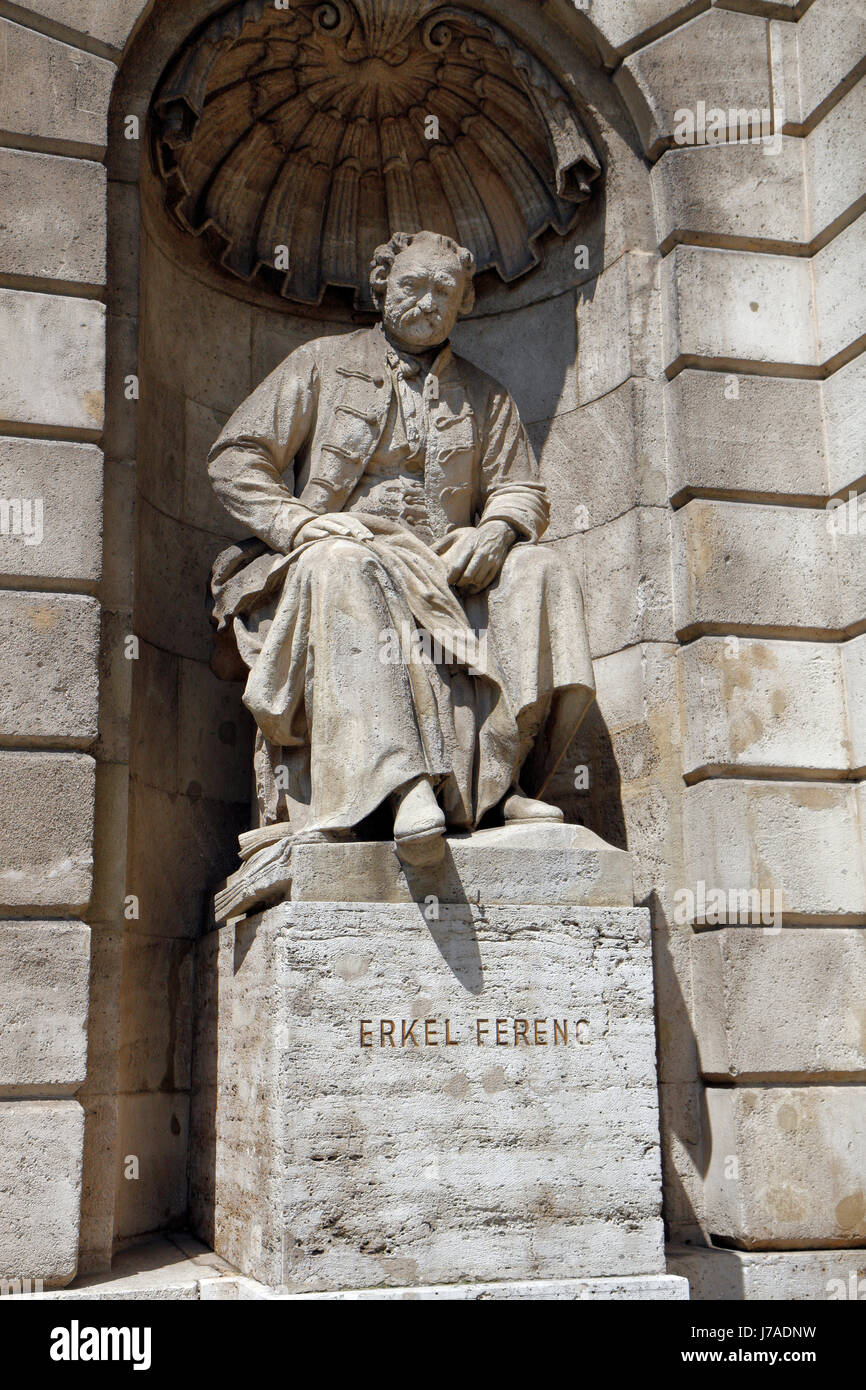 Statue of Erkel Ferenc, Hungarian State Opera House (Magyar Allami Operahaz) in Budapest, Hungary. - Stock Image