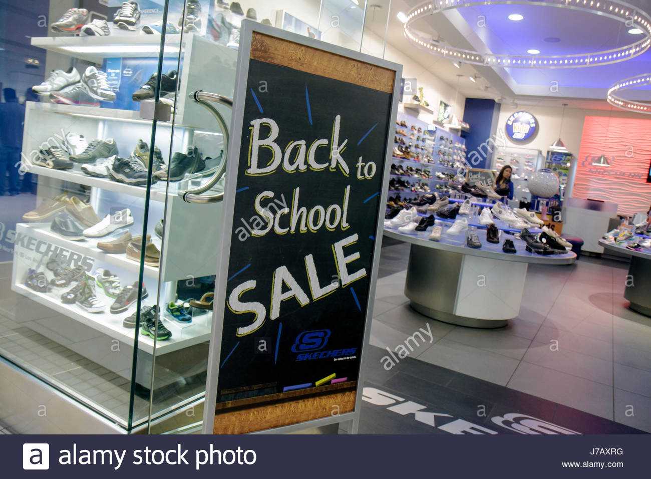 sketcher shoes outlet