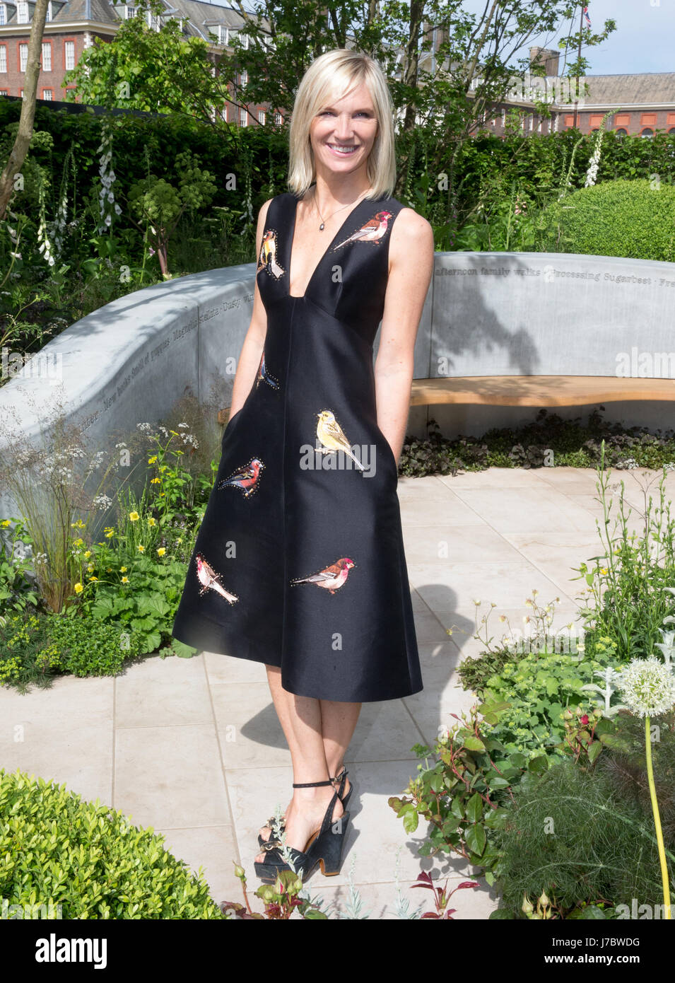 BBC 2 Disc Jockey and Radio presenter, Jo Whiley at the RHS Chelsea Flower Show 2017 - Stock Image