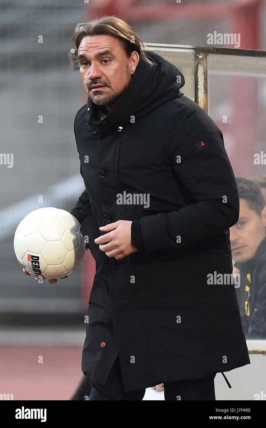 ARCHIV - Dortumd's coach Daniel Farke at the regional soccer match between Rot-Weis Oberhausen and Borussia - Stock Image