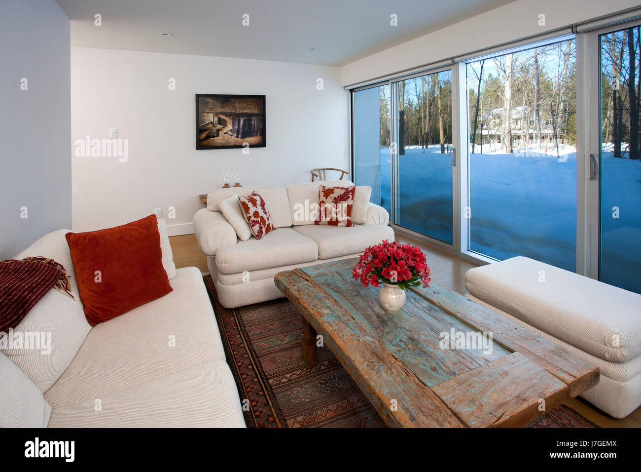North America, Canada, Ontario, family room with glass wall - Stock Image