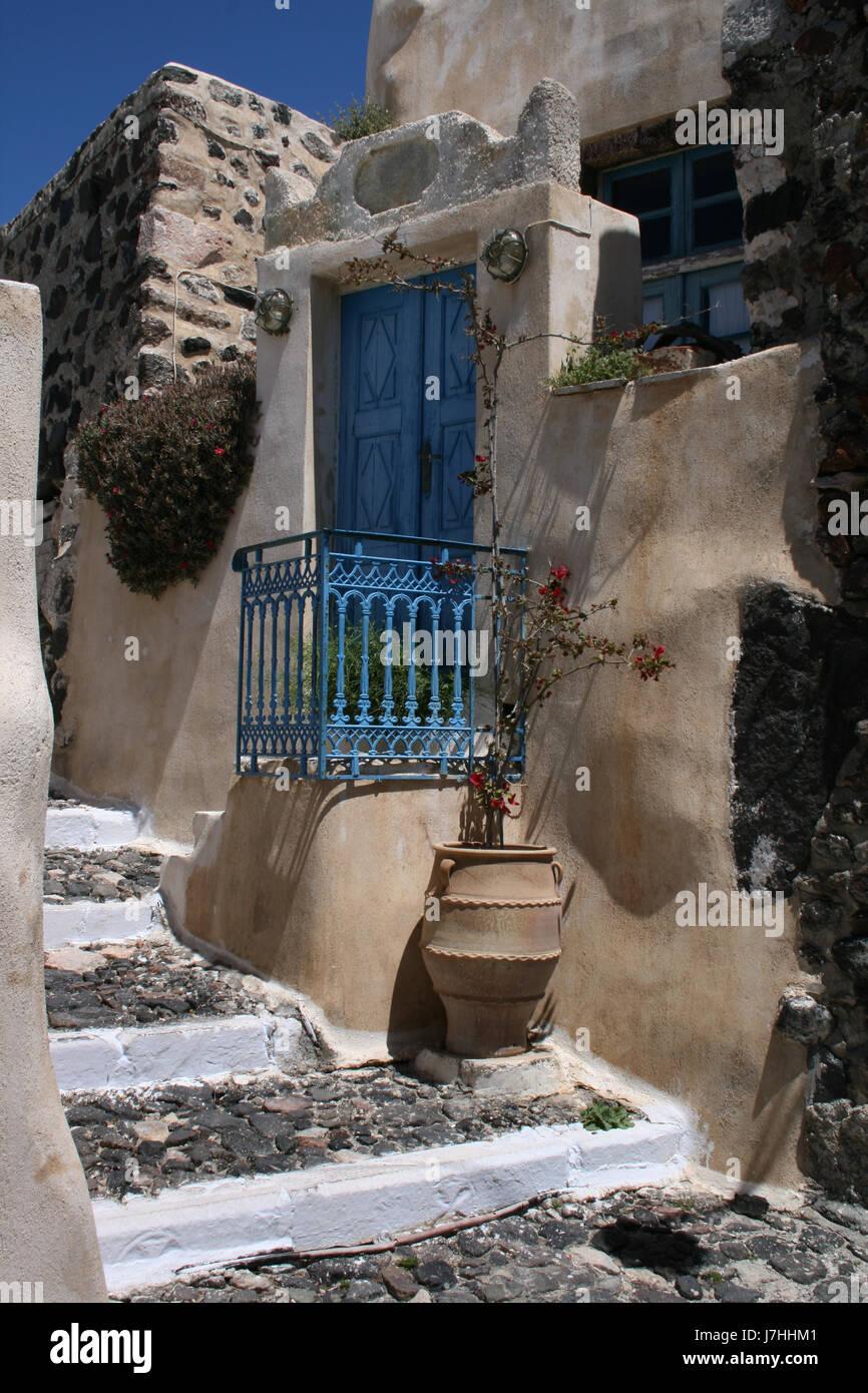 house building greece water mediterranean salt water sea ocean vulcan volcano - Stock Image