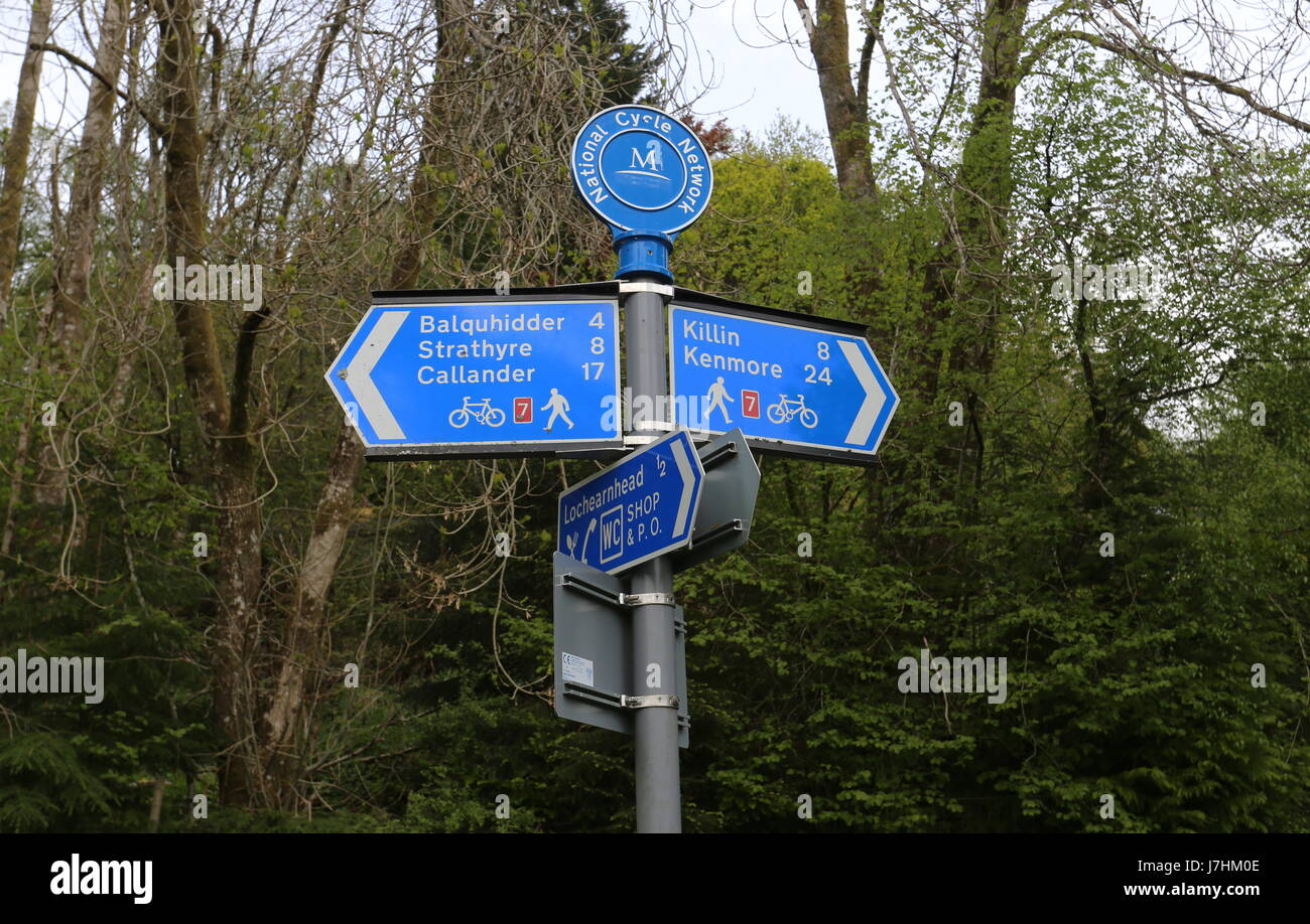 Sign on National Cycle Route 7 and Rob Roy Way near Lochearnhead Scotland  May 2017 Stock Photo