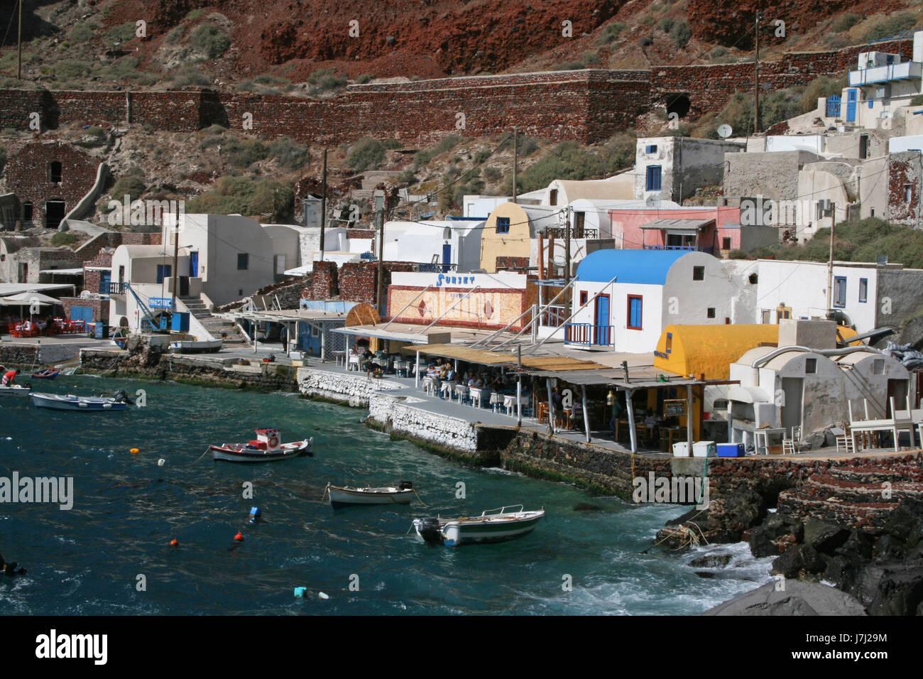 house building greece water mediterranean salt water sea ocean harbor harbours - Stock Image