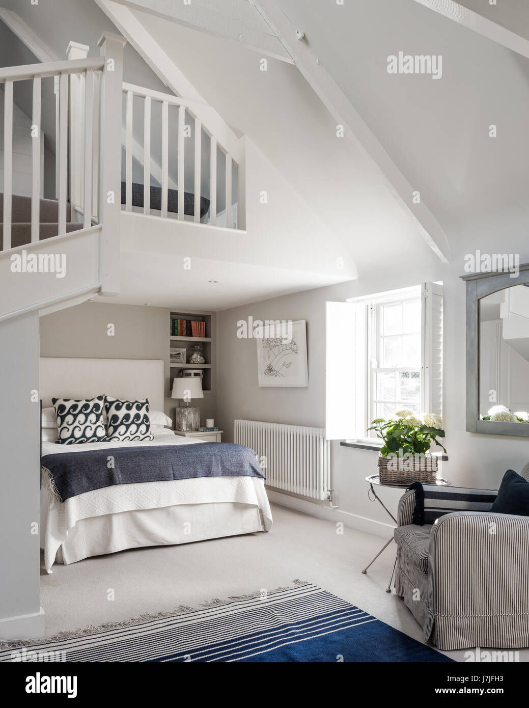 Mezzanine Bedroom High Resolution Stock Photography And Images Alamy