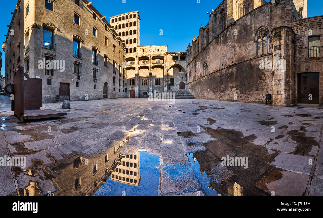Placa del Rei and Palau Reial Major in Barcelona, Catalynia, Spain - Stock Image
