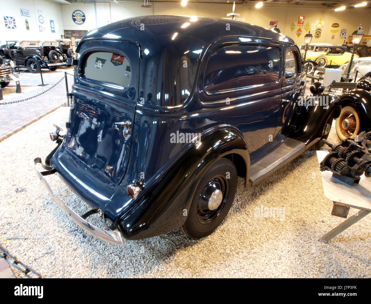 1935 Ford V8, 48   780, Dedan Delivery pic1 - Stock Image