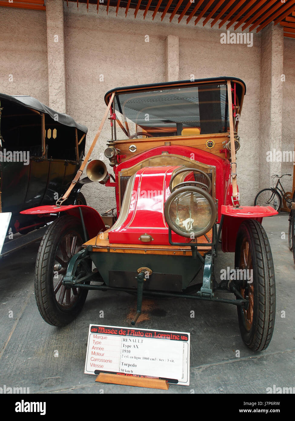 1910 Renault AX, 2 cylinders, 1060 cm3, 6cv pic4 - Stock Image